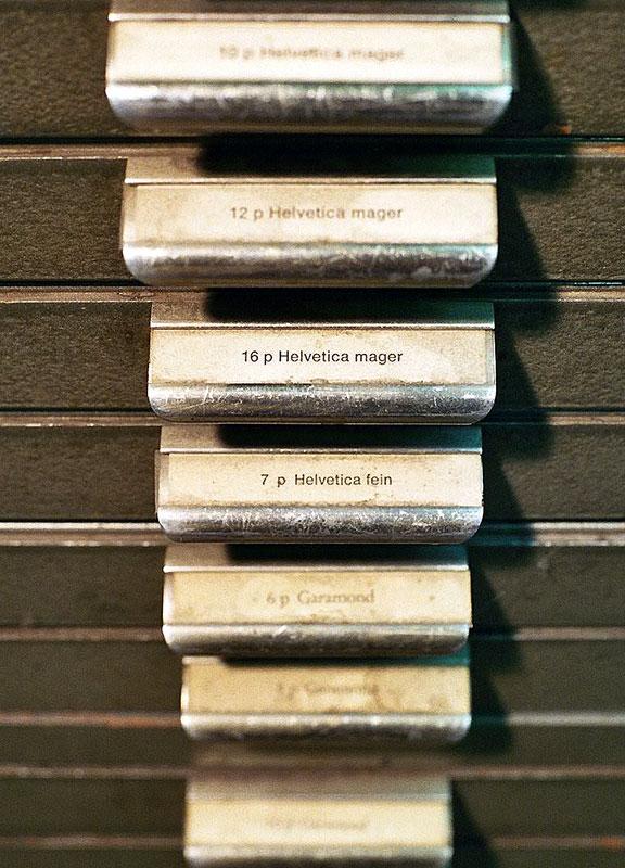 Setzkästen mit Bleischriften